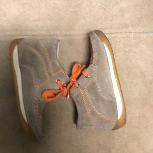Naturino Falcotto boots in tan